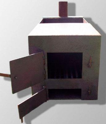 Железная печь для обогрева простой конструкции