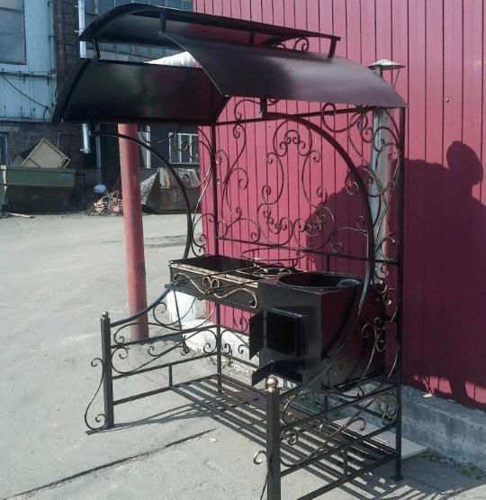 Как сделать мангал для дачи с крышей и печкой под казан